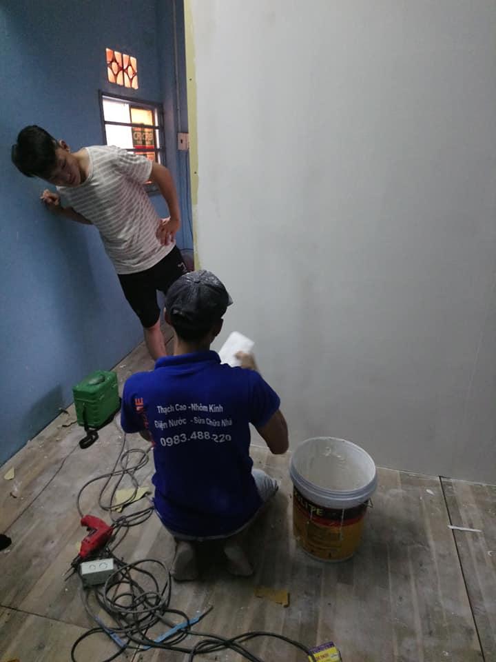 Cửa hàng đóng trần làm vách thạch cao nhà trọ giá rẻ tại Tp Hồ Chí Minh